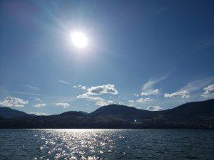 Jessica Tucker Creatives Home. Lake sunshine header photo